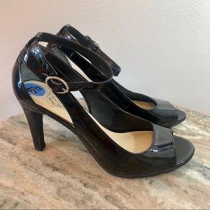 Franco Sarto size 6.5 black patent leather heels